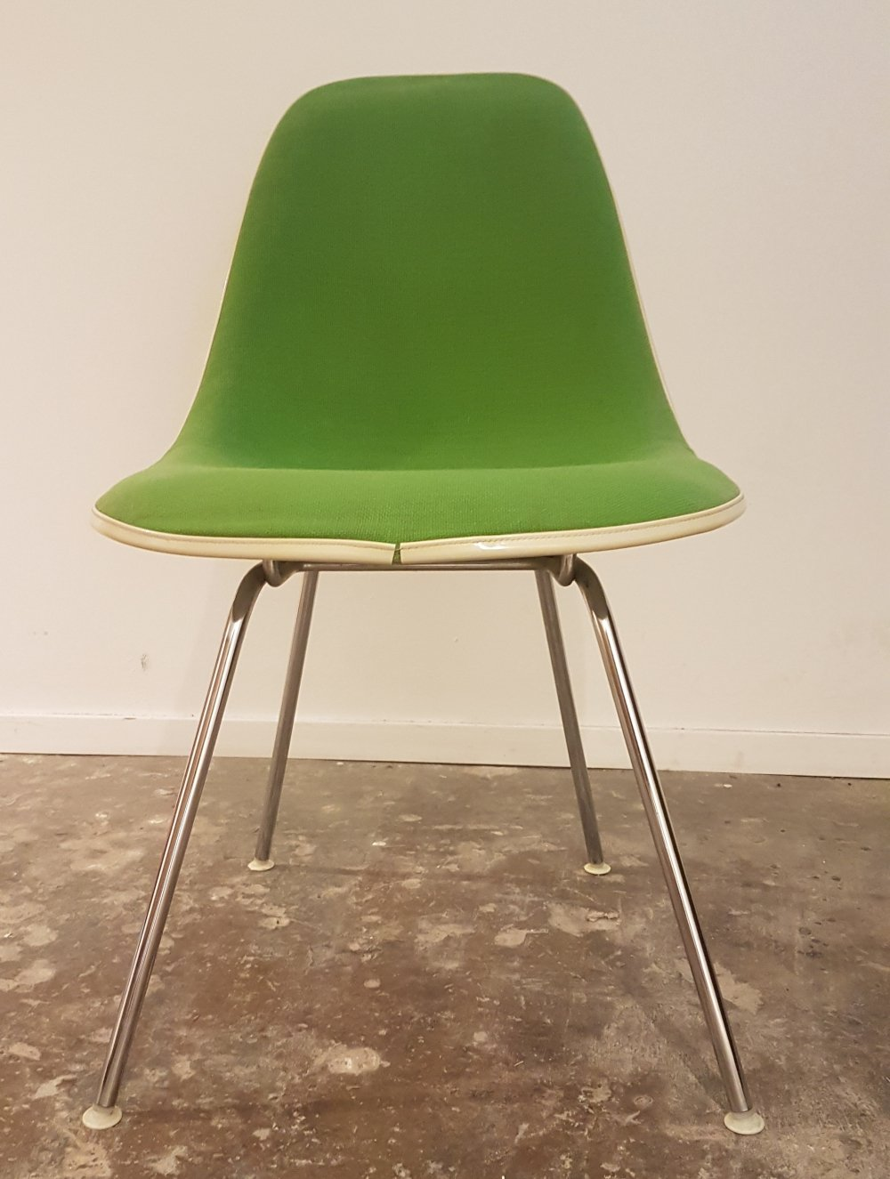 Vintage DSX chair in fiberglass & hopsack by Charles & Ray Eames for Herman Miller