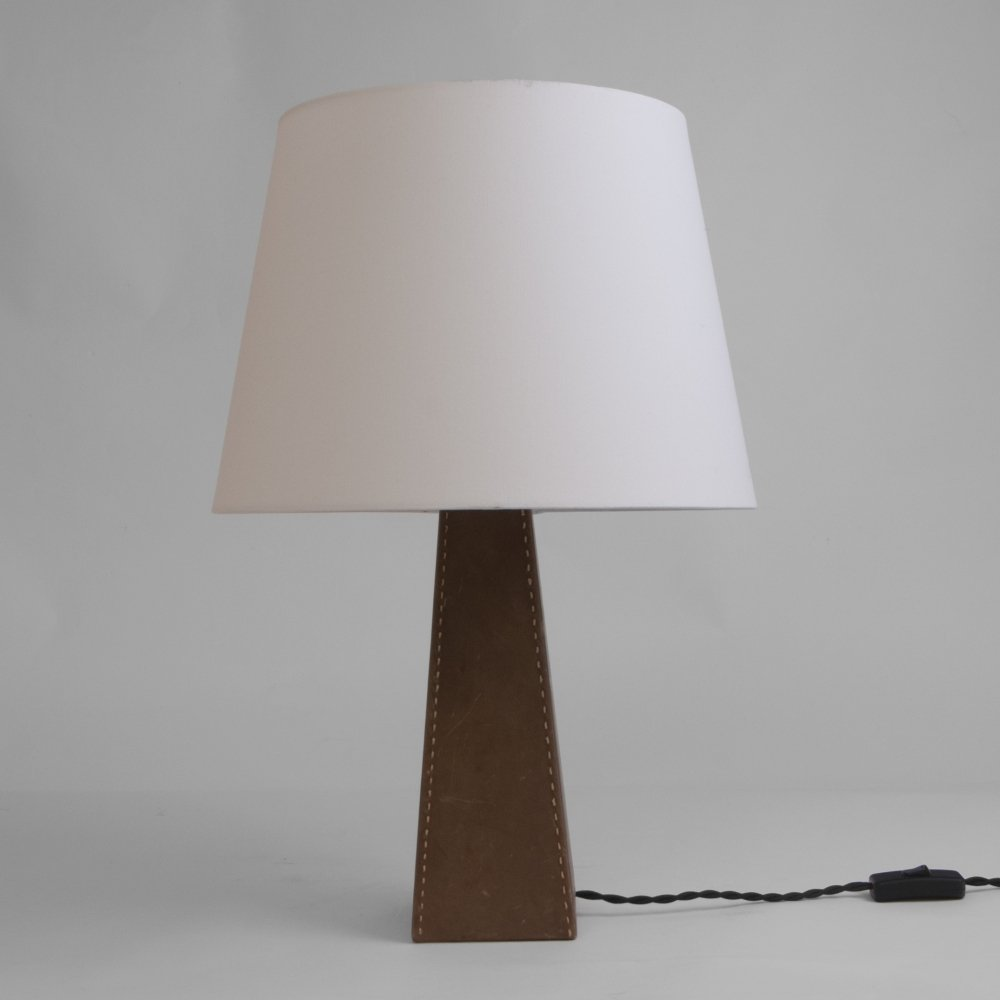Obelisk shaped table lamp, Italy 1960s