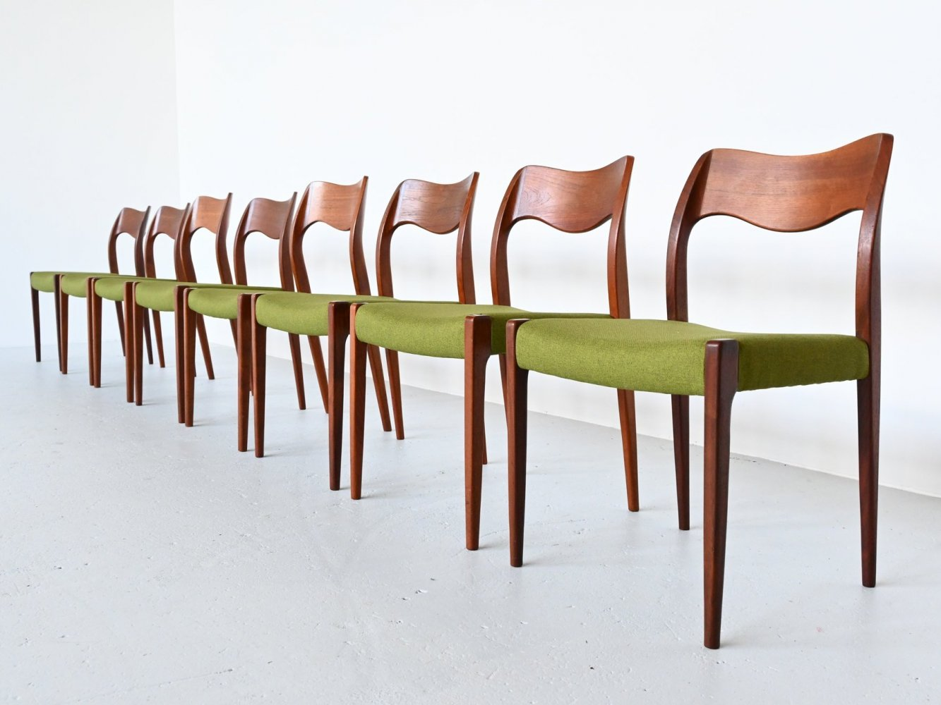Set of 8 Niels O. Moller model 71 dining chairs, Denmark 1951
