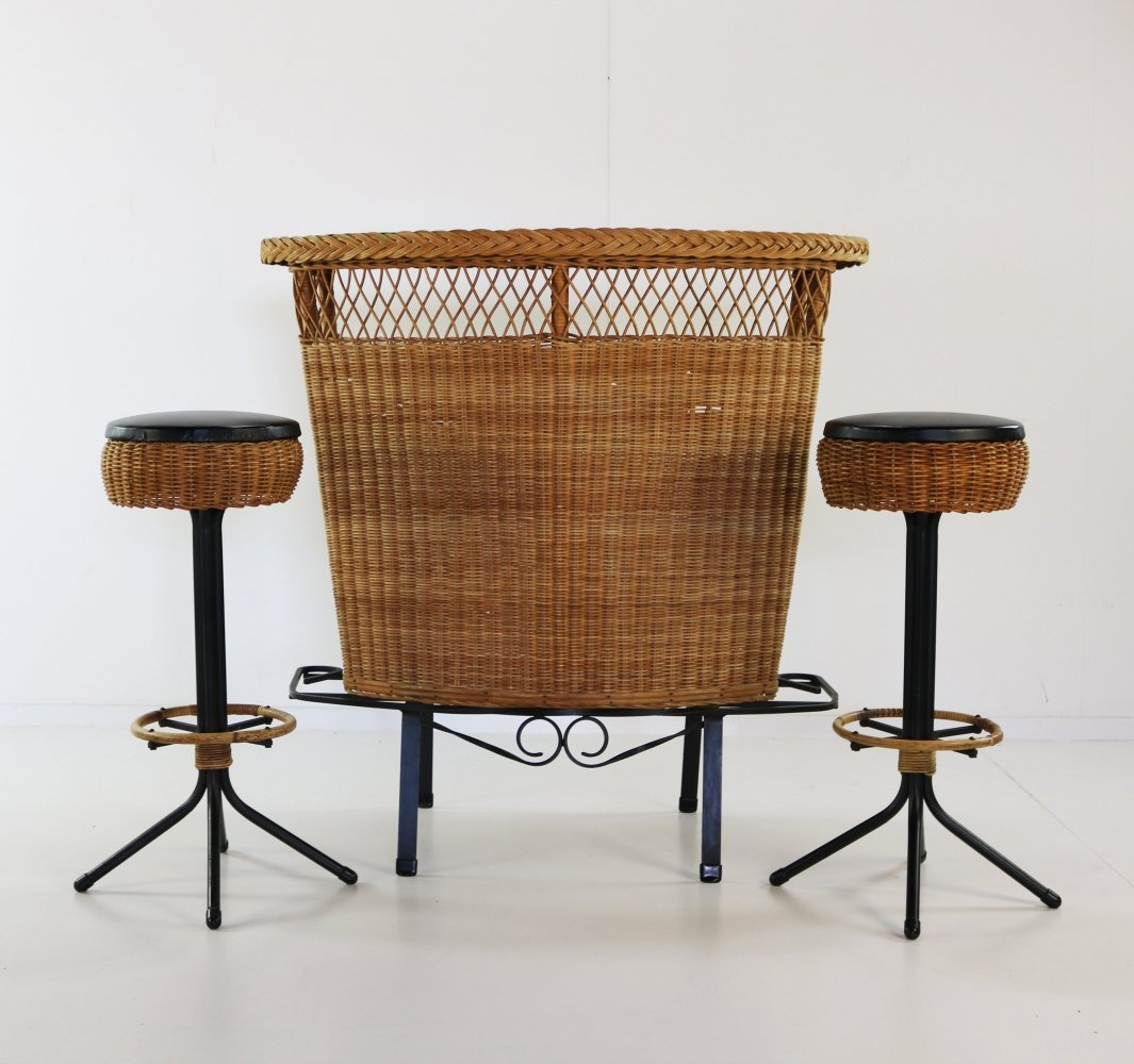 Rattan bar with two bar stools, 1960s