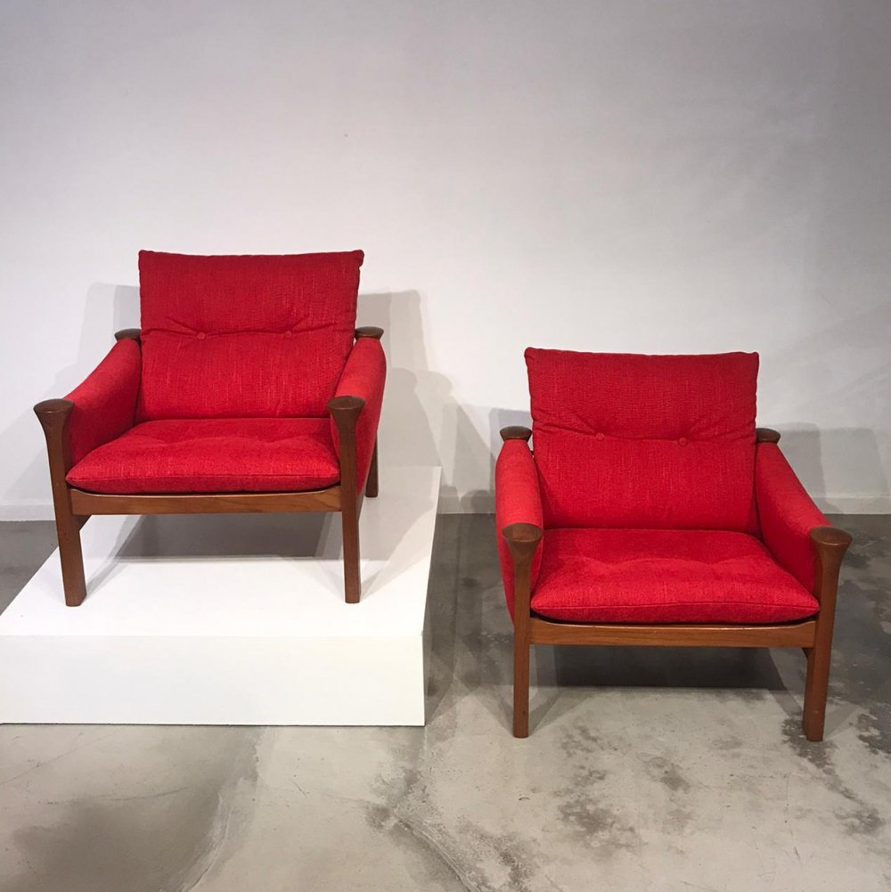 Pair of red Arne Vodder easy chairs, 1970s