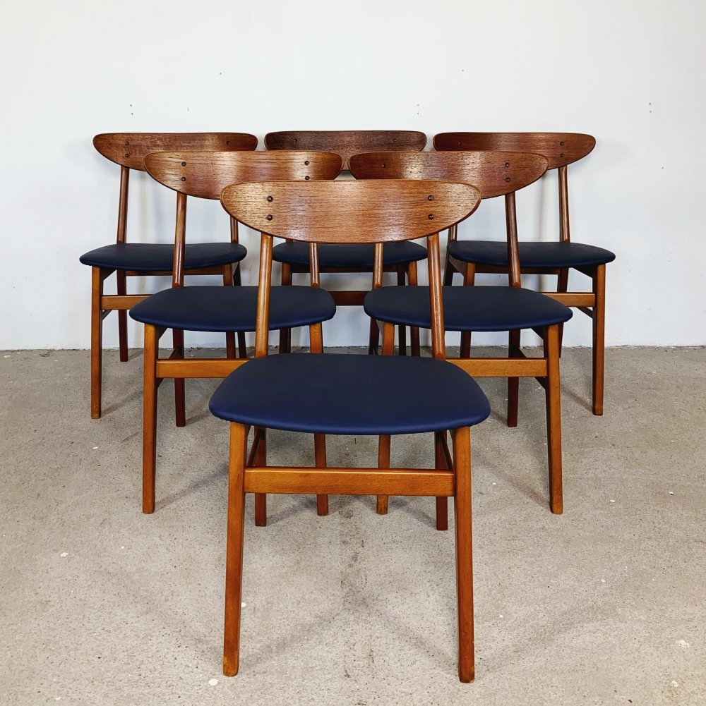 Set of 6 dark blue Model 210 chairs by Farstrup, 1960s