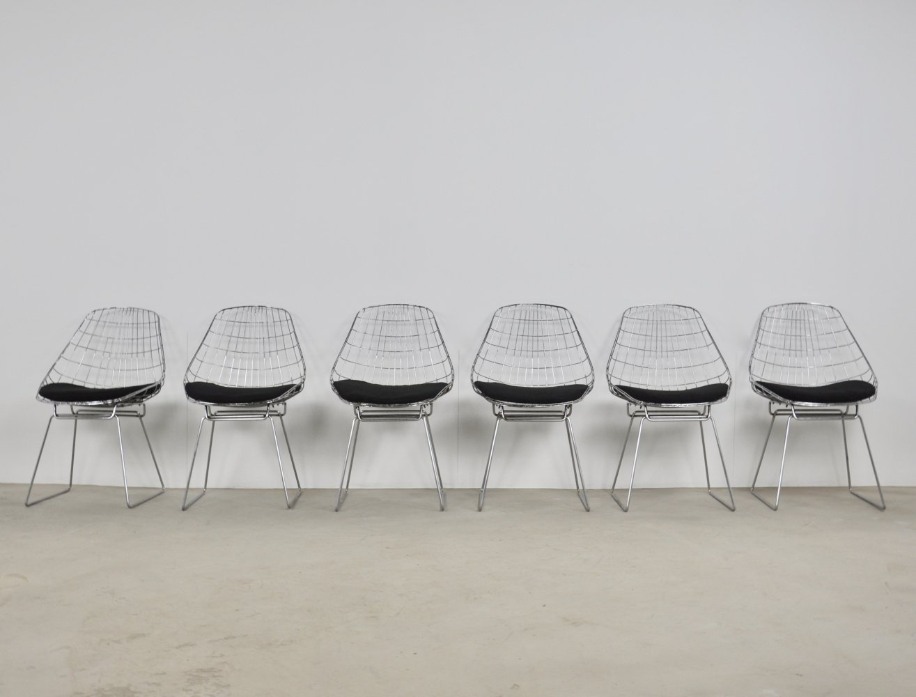 Set of 6 'SM05' wite chairs by Cees Braakman & Adriaan Dekker for Pastoe, 1958