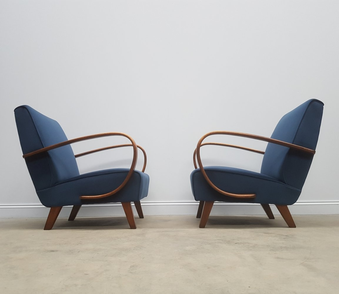 Pair of Jindrich Halabala for Thonet Bentwood Armchairs in Blue Velvet, 1930s