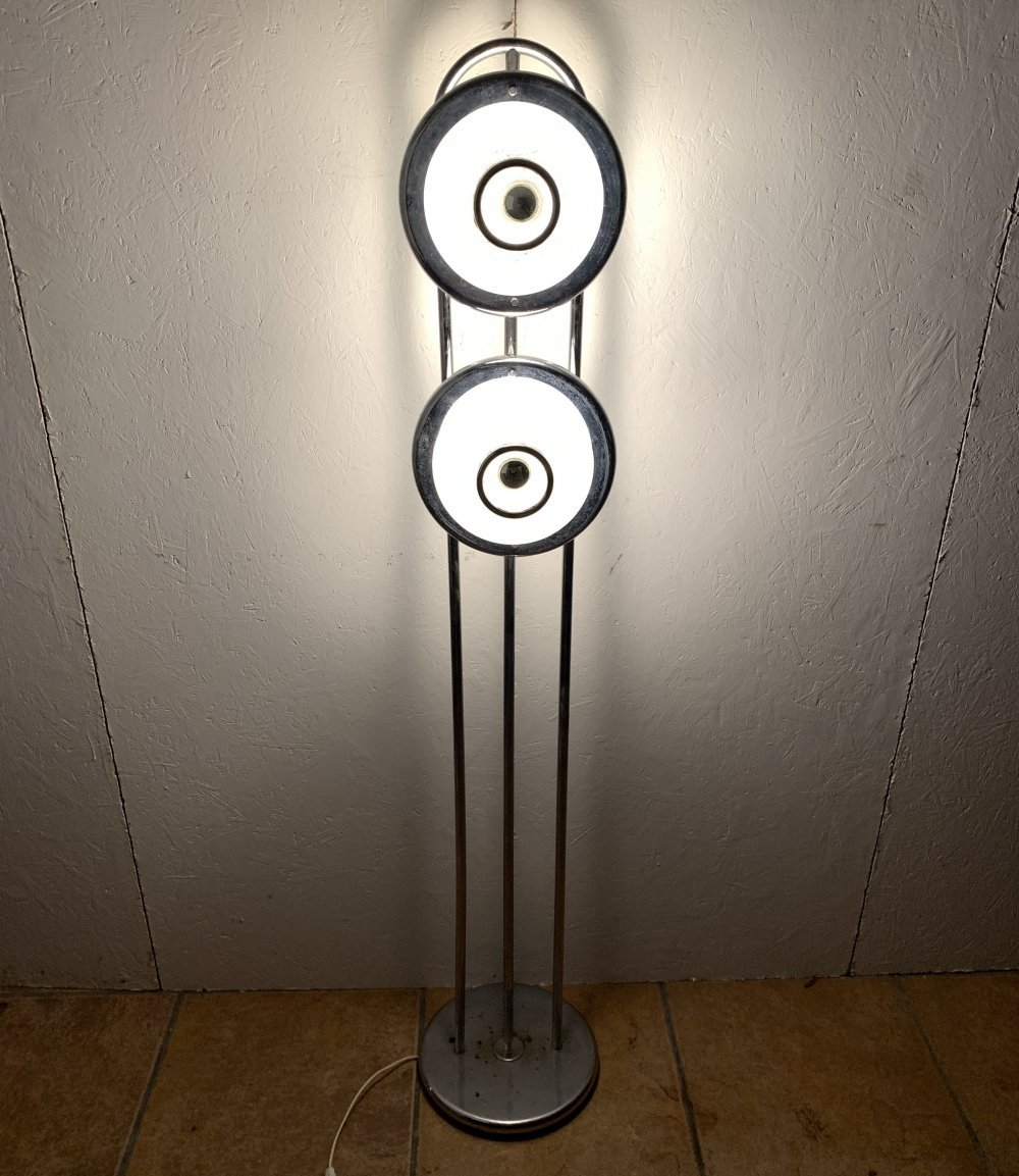 Floor lamp with a pair of Spaghetti glass shades an all chrome fittings
