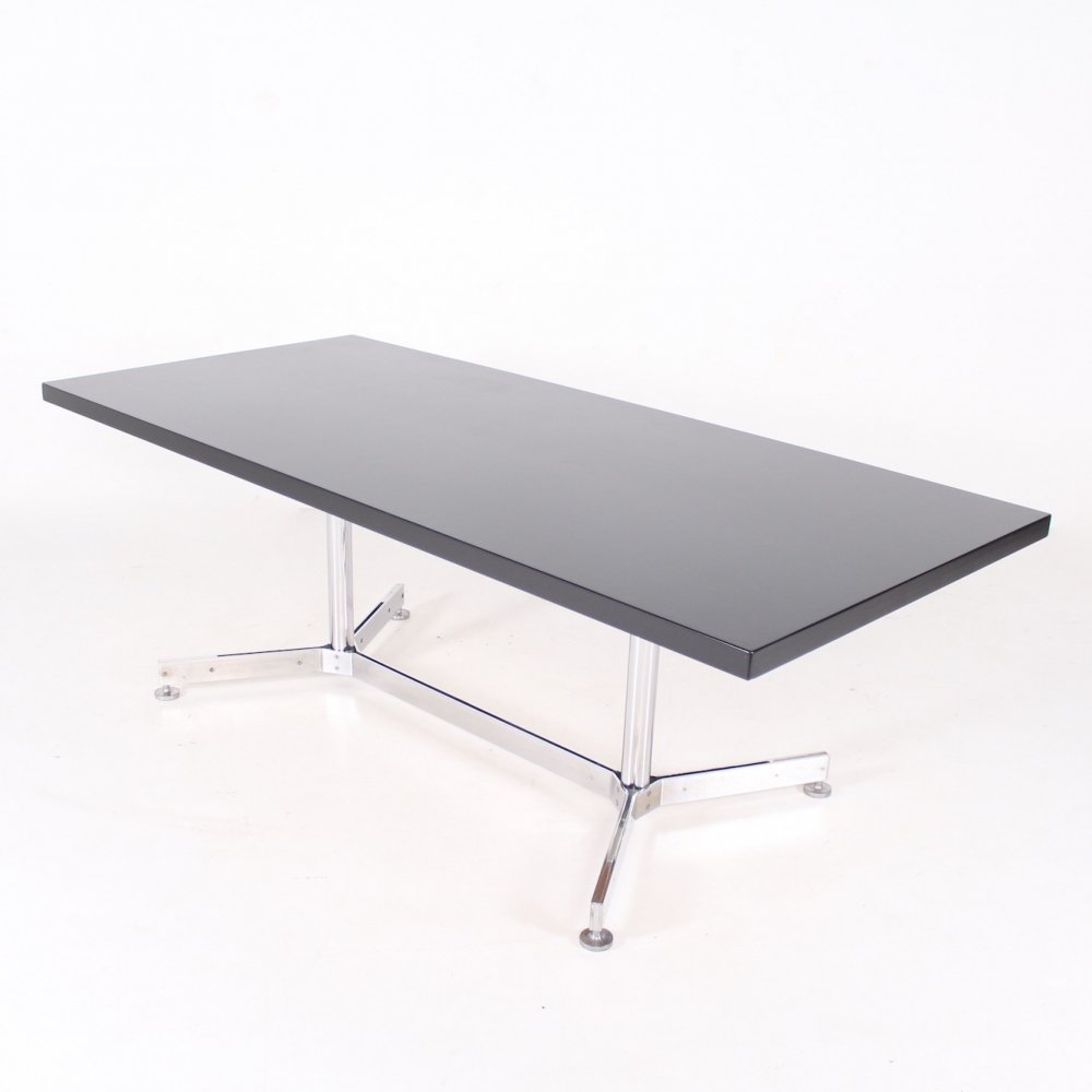 Chromed steel & lacquered wood writing table with removable footrest, 1970