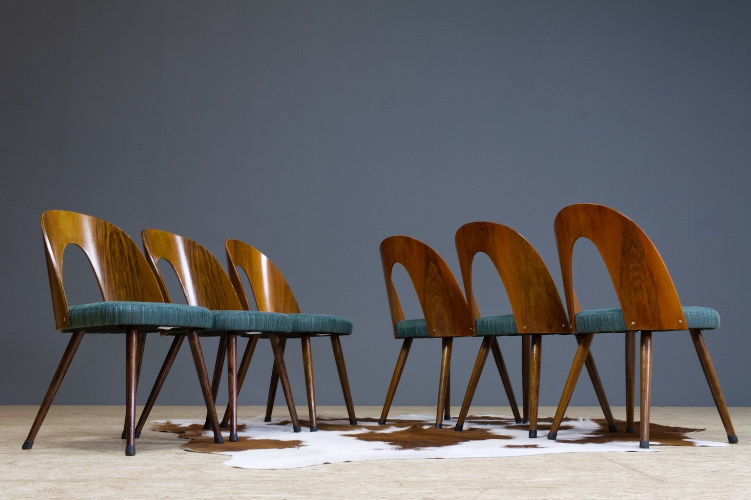 Set of 6 dining room chairs in walnut by Antonin Suman, 1960s