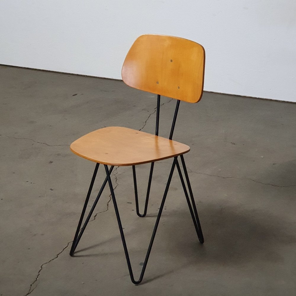 Rare original version of the SM01 chair by Cees Braakman for Pastoe, 1954