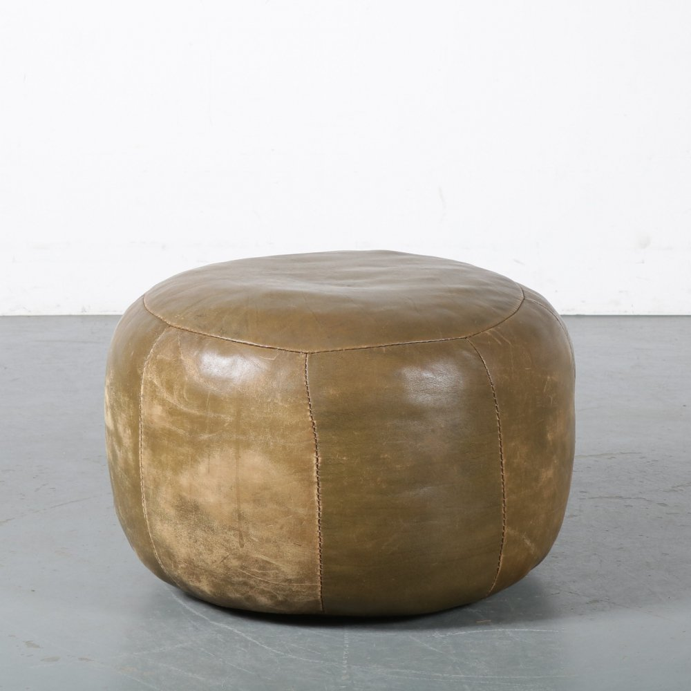 1970s Green leather pouf by De Sede, Switzerland