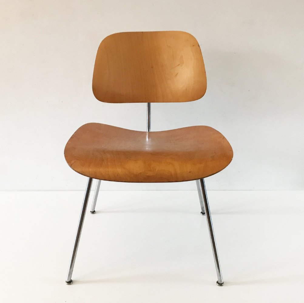 Eames DCM dining chair by Evans, 1940