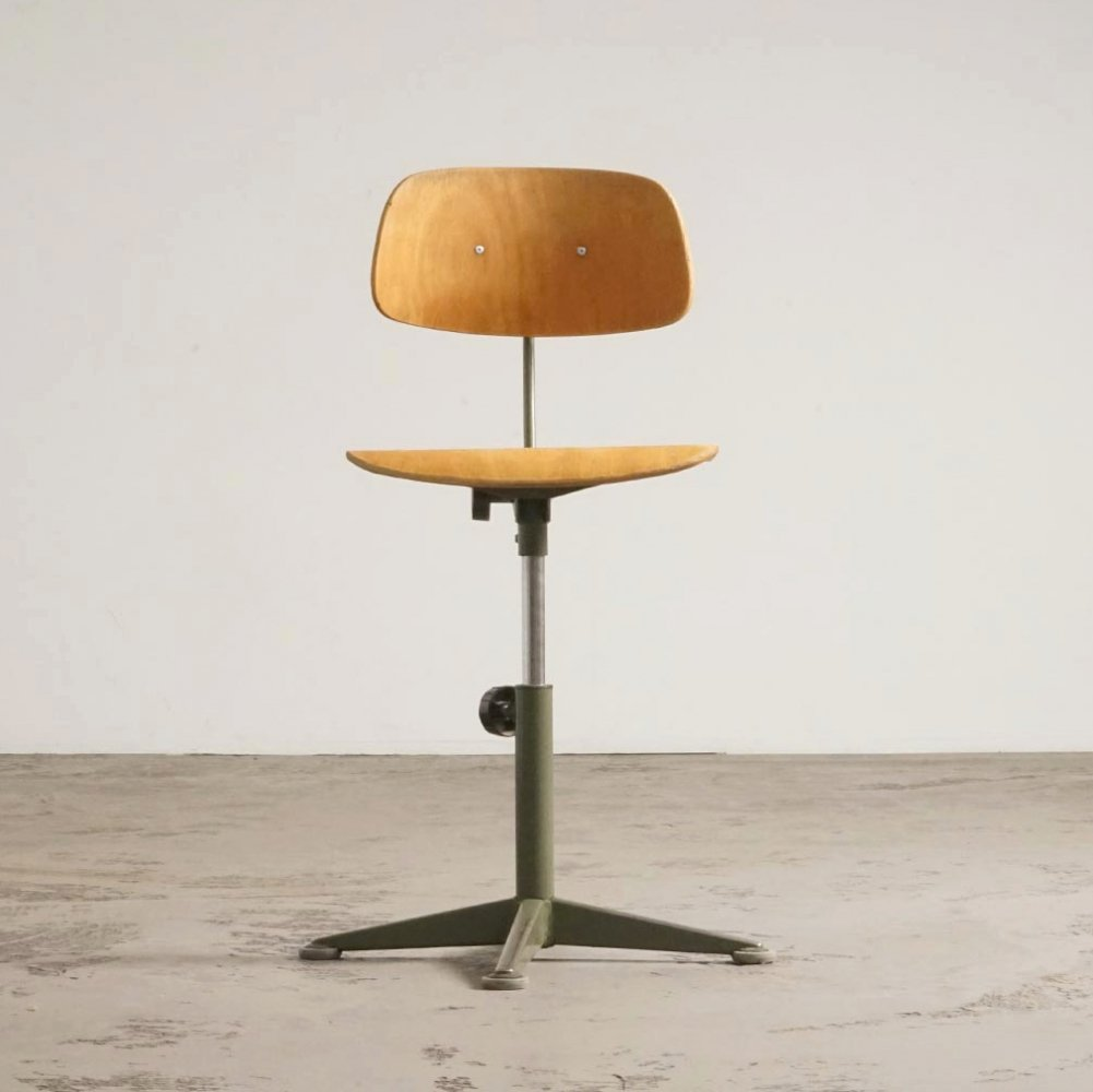 Rare olive green architect stool by Friso Kramer, 1960