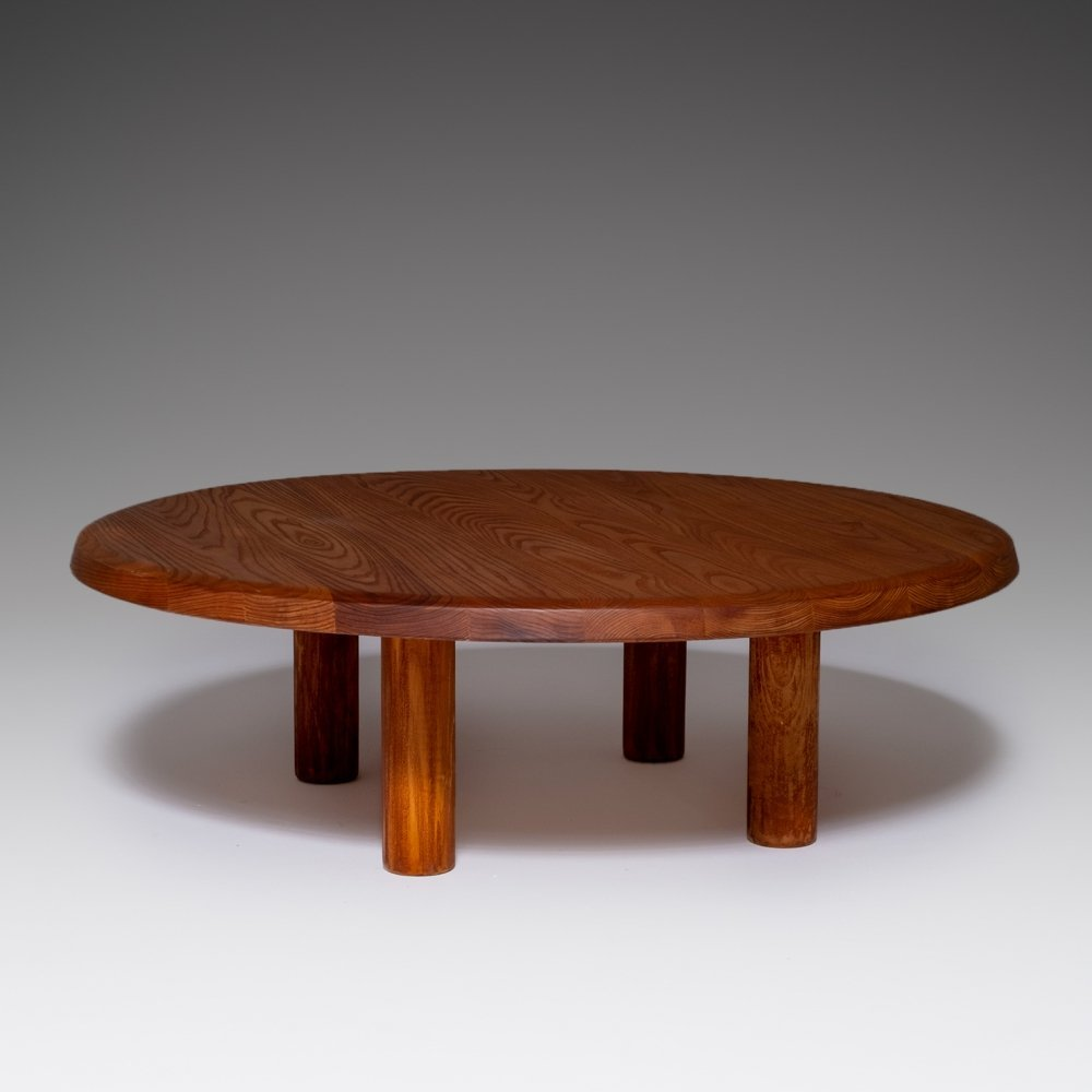 Round Coffee table in Solid Elm, France 1960s