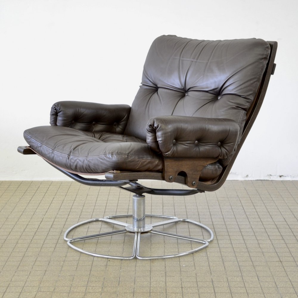 DUX leather lounge chair by Bruno Mathsson, 1970s