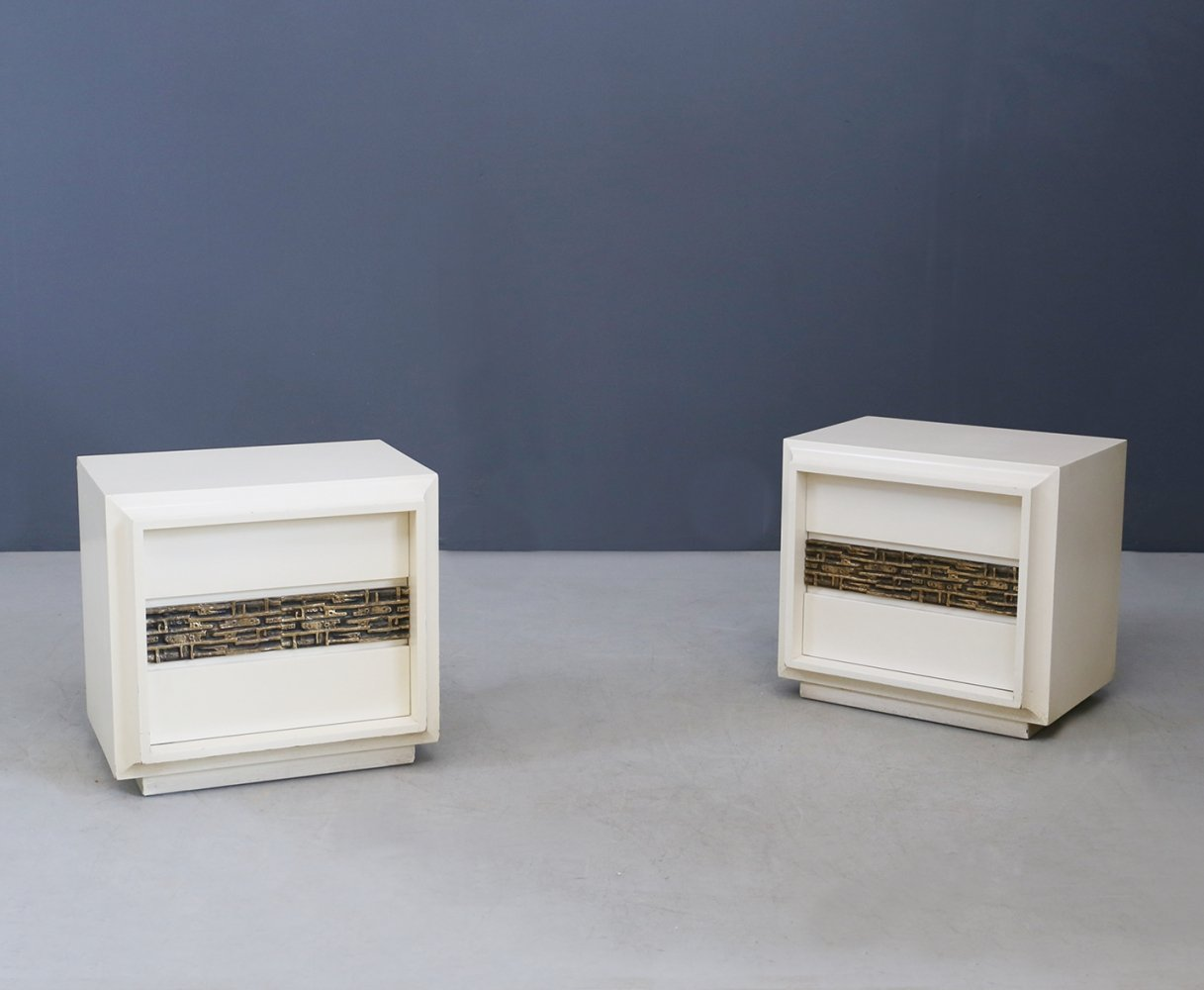 Pair of sculptural white wood & brass bedside cabinets by Luciano Frigerio, 1970s
