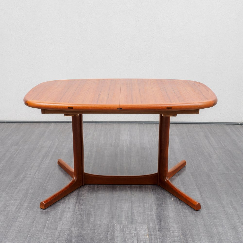 High-quality Dyrlund dining table with two extensions, Denmark 1970s