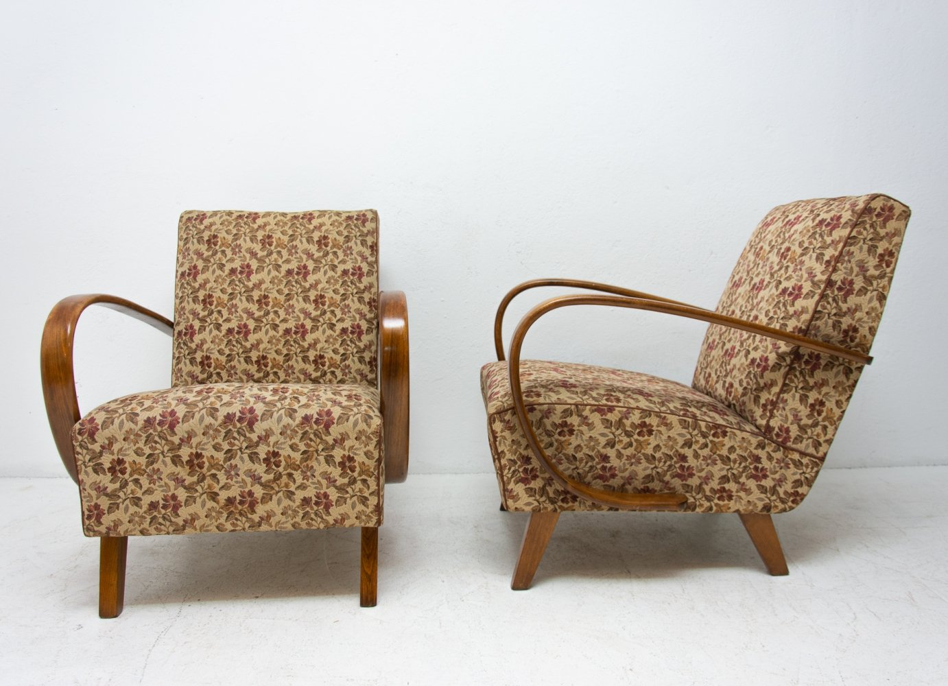 Pair of arm chairs by Jindřich Halabala for UP Závody, 1950s