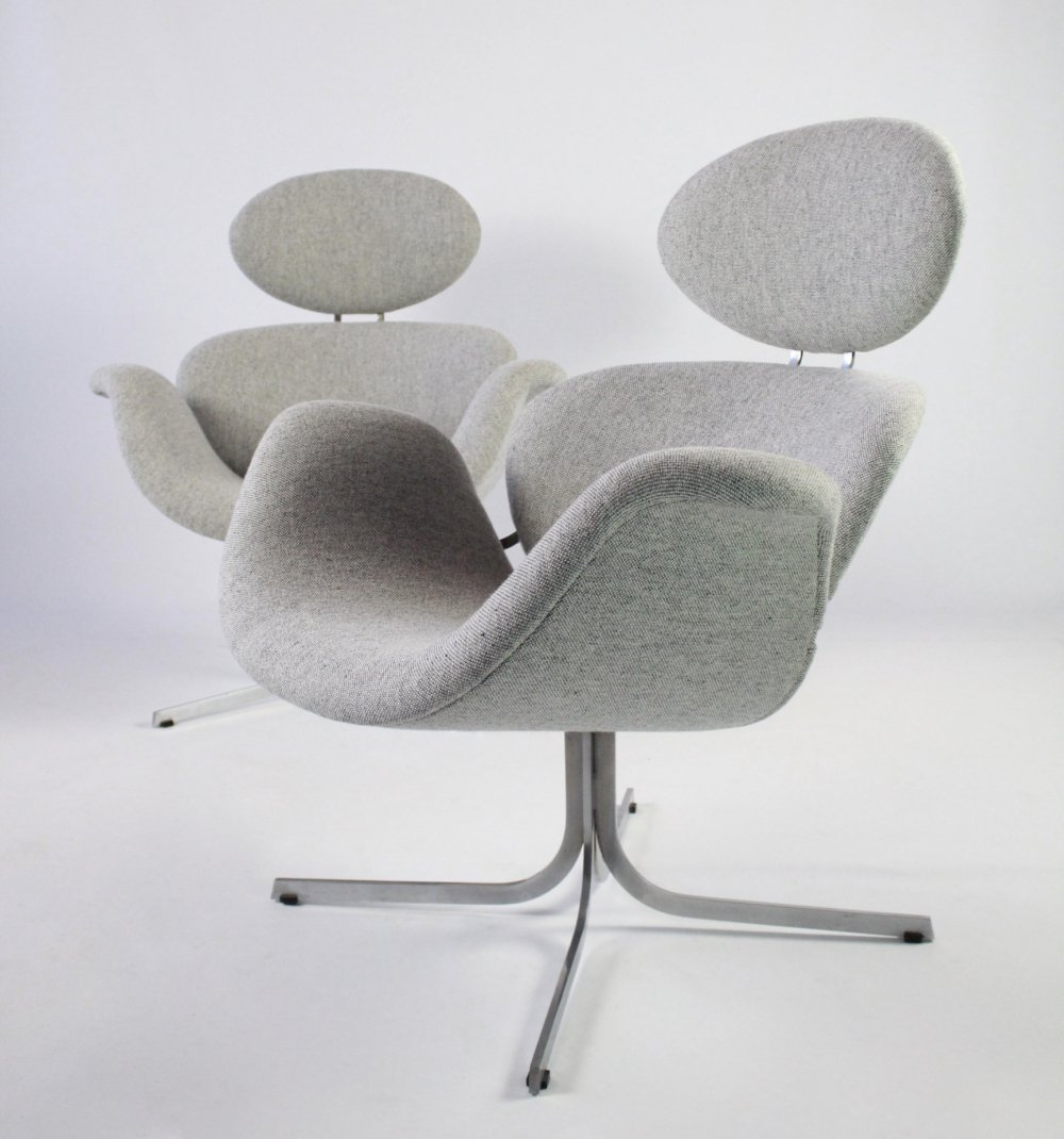 Pair of First edition Big Tulip lounge chairs by Pierre Paulin for Artifort