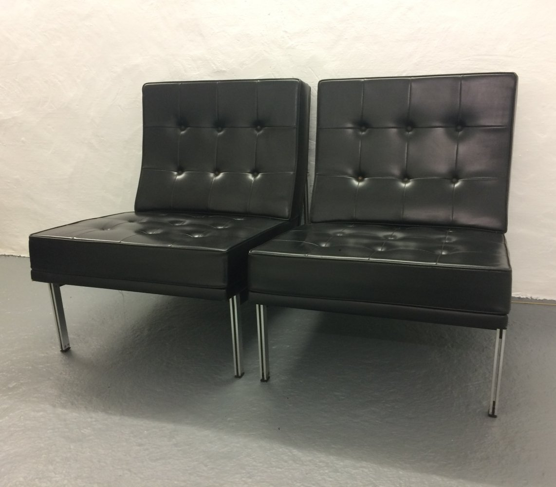 Pair of 1st edition 'Parallel bar' Leather Armchairs by Florence Knoll, 1960s