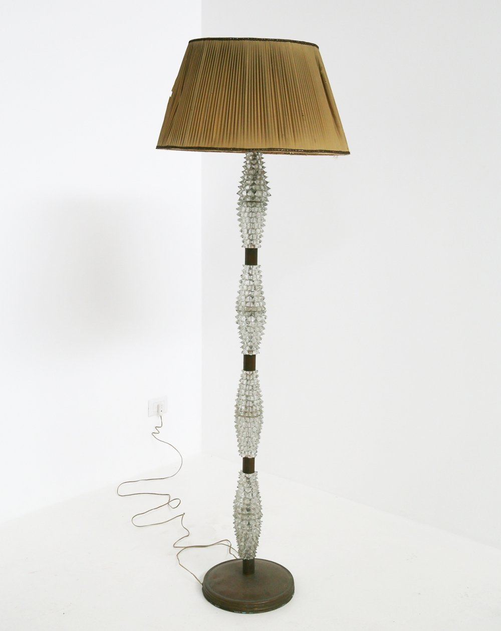 Italian Floor lamp by Barovier & Toso in rostrato glass & brass, 1940s