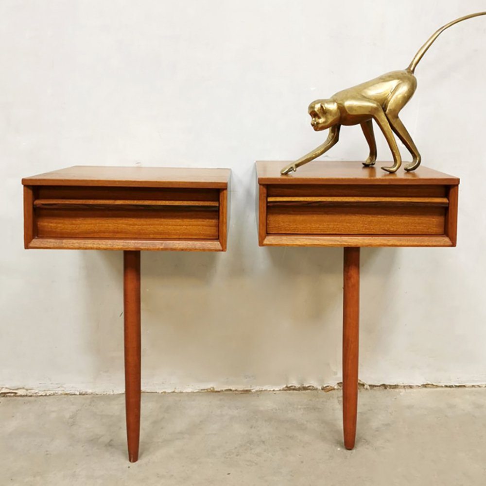 Set of 2 Midcentury Danish floating night stands, 1960s