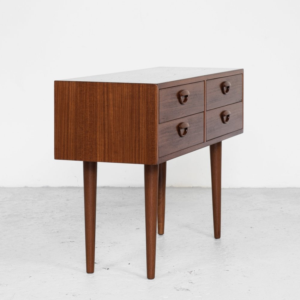 Midcentury Danish chest of 2x2 drawers in teak by Kai Kristiansen for Feldballes Møbelfabrik, 1961