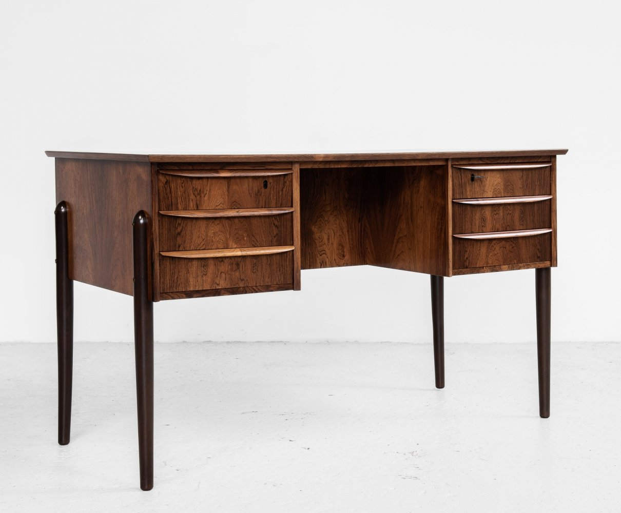 Midcentury compact Danish desk in rosewood with 2x3 drawers, 1960s