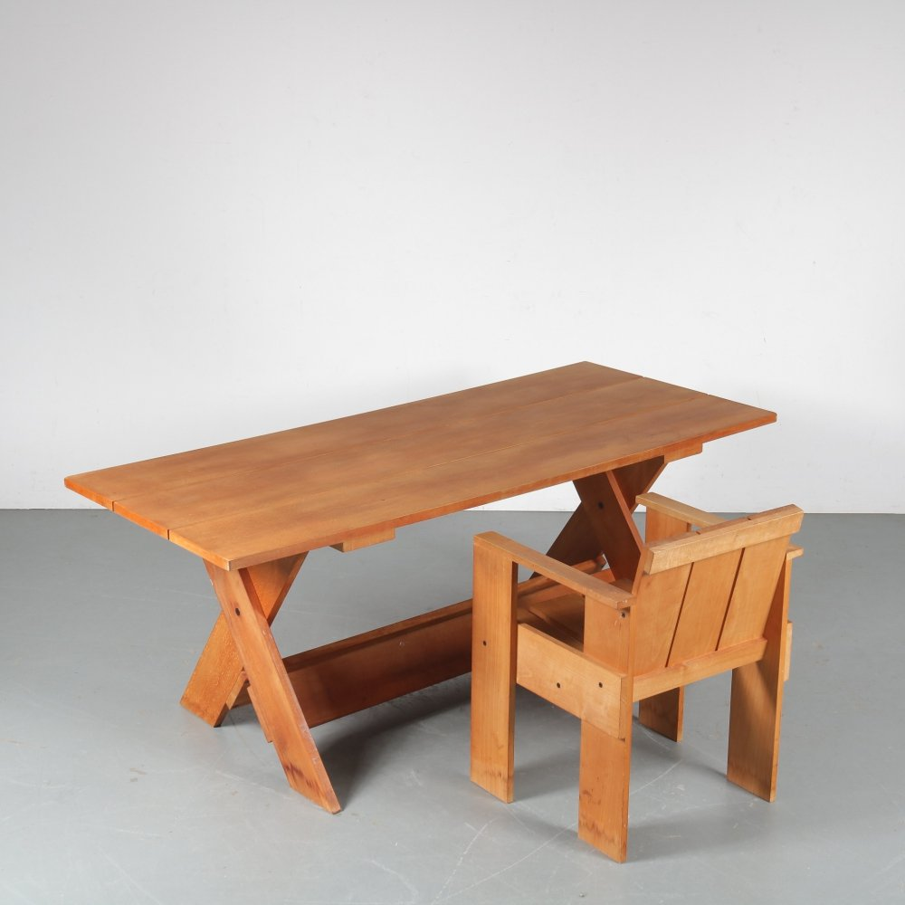 Gerrit Rietveld Crate Desk with Chair for Cassina, Italy 1970