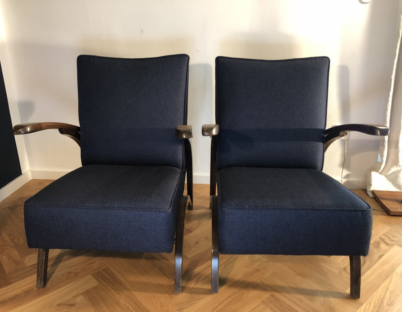 Pair of armchairs by Jindřich Halabala, 1930s