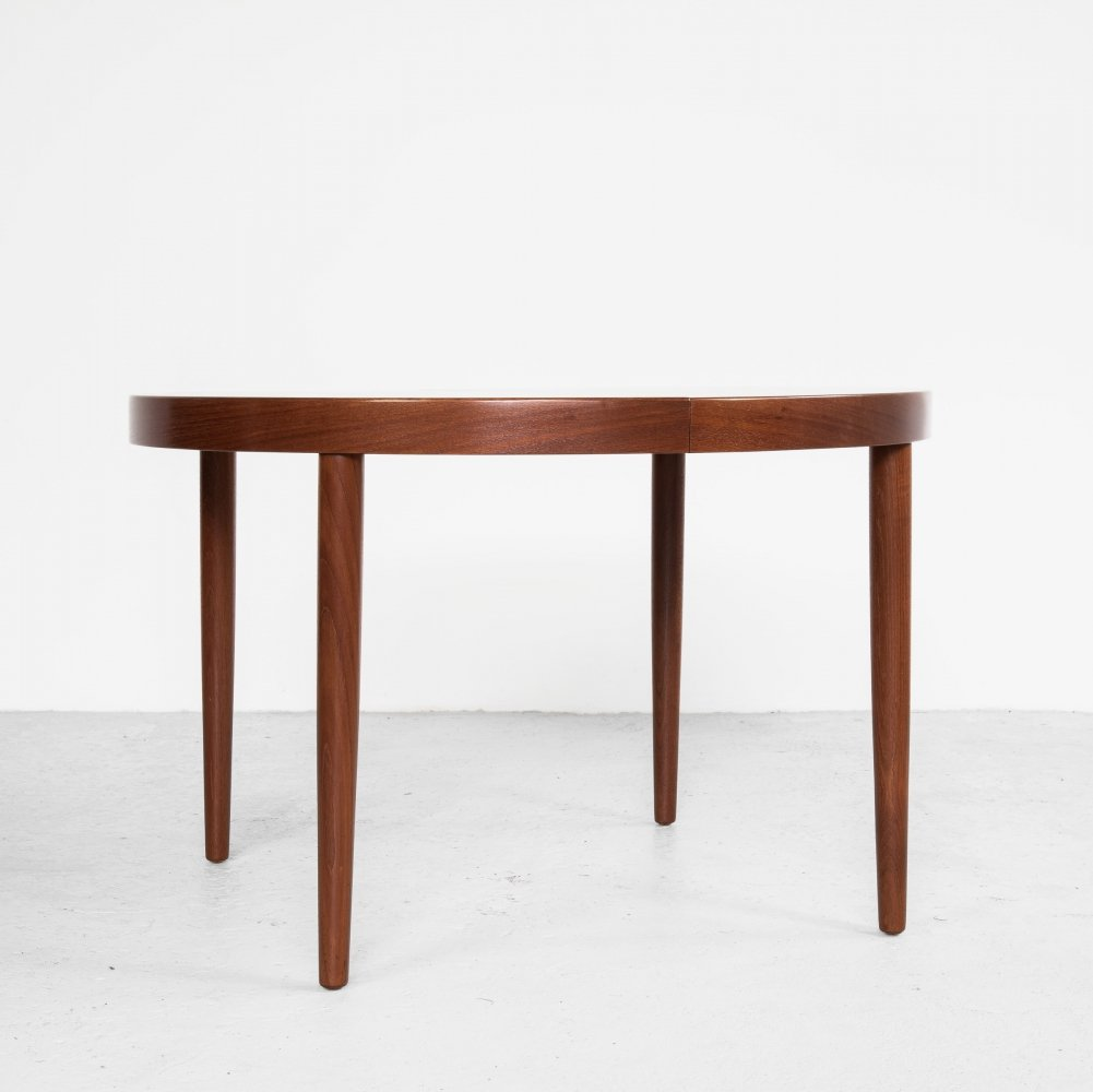 Midcentury Danish round dining table in teak by Gudme, 1960s