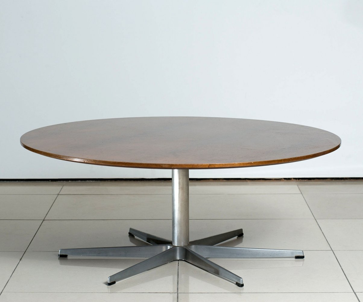 Arne Jacobsen Six-Star Series Rosewood Coffee Table for Fritz Hansen