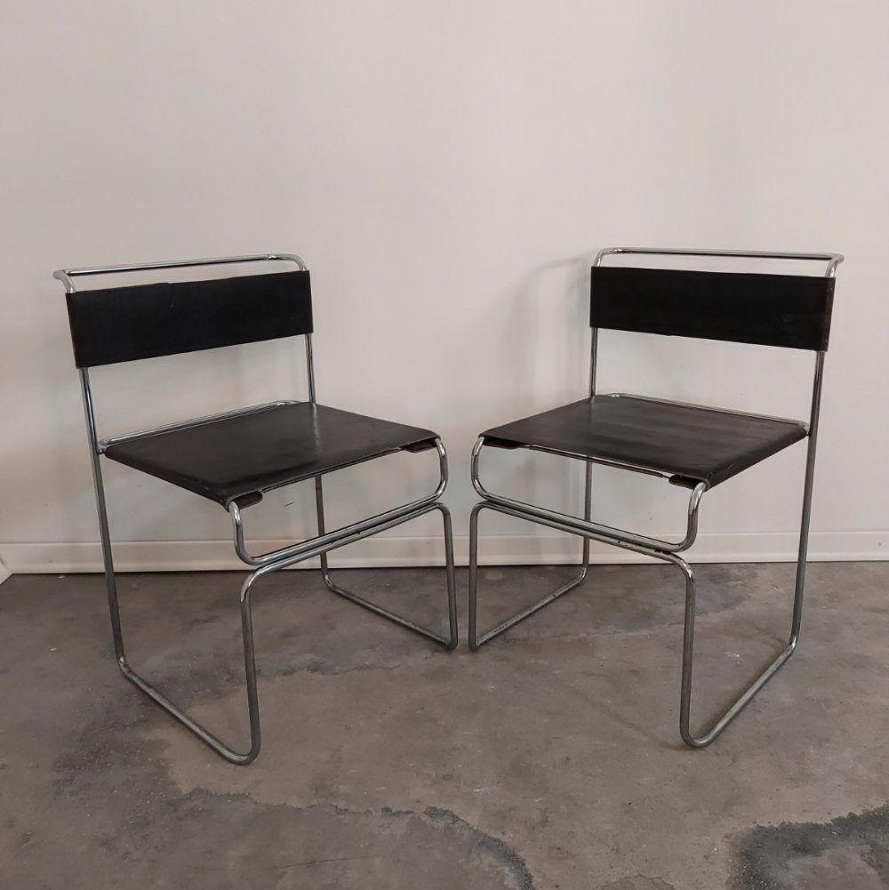 Pair of chairs by Giovanni Carini for Planula, 1970s