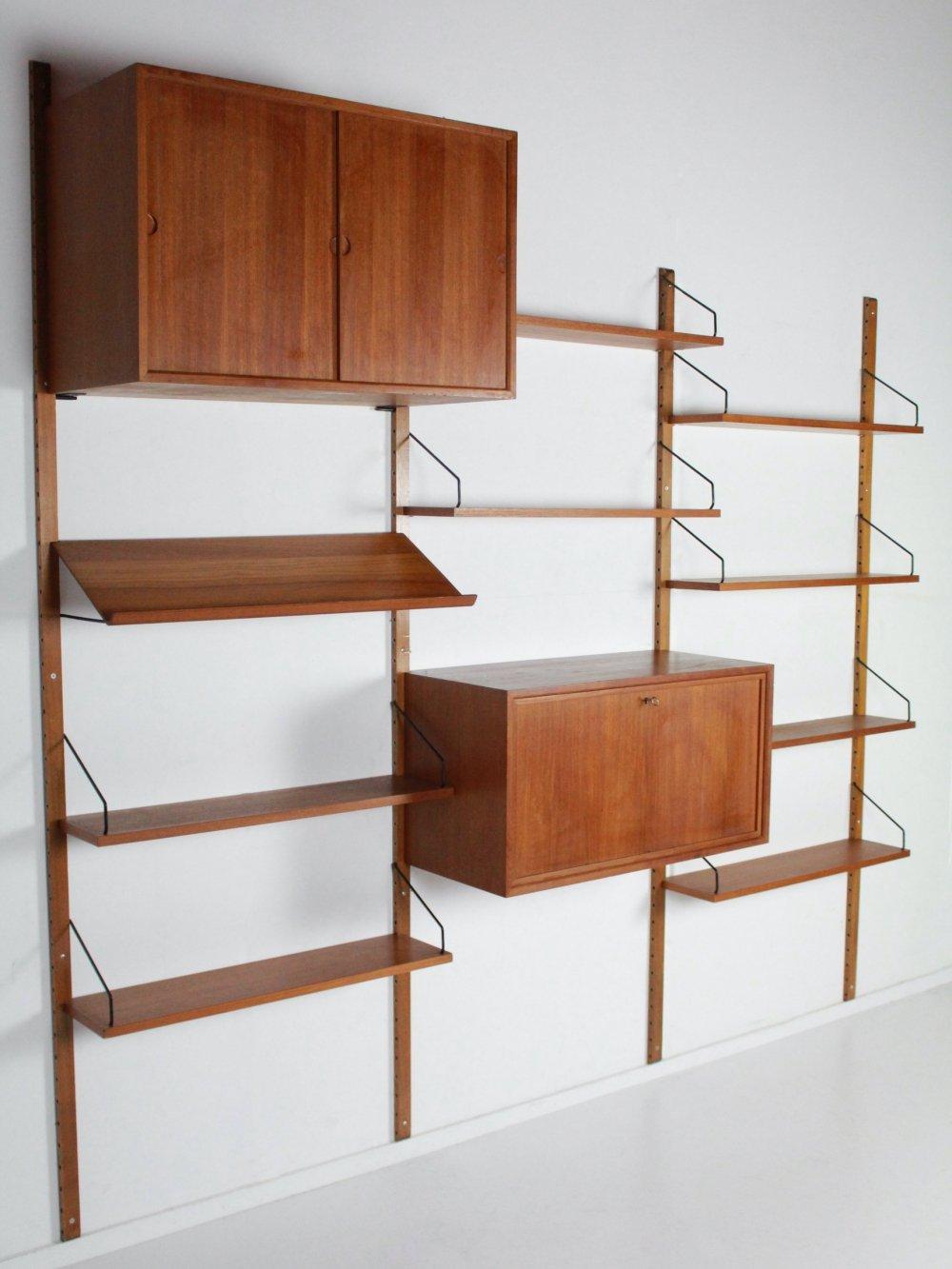 Wall unit Royal System by Poul Cadovius for Cado Denmark