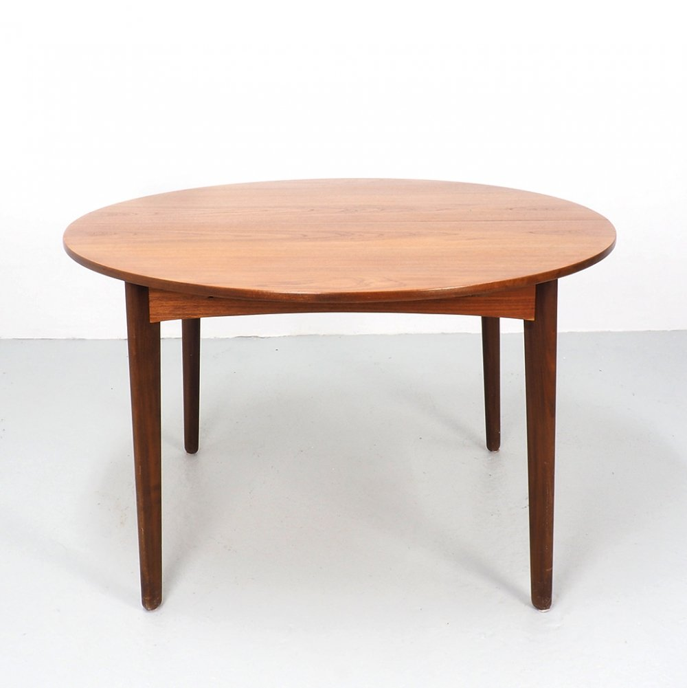 Round Extendable Teak Dining Table, 1960s