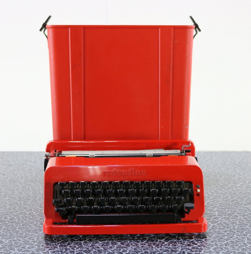 Valentine Typewriter by Perry King & Ettore Sottsass for Olivetti, 1960s