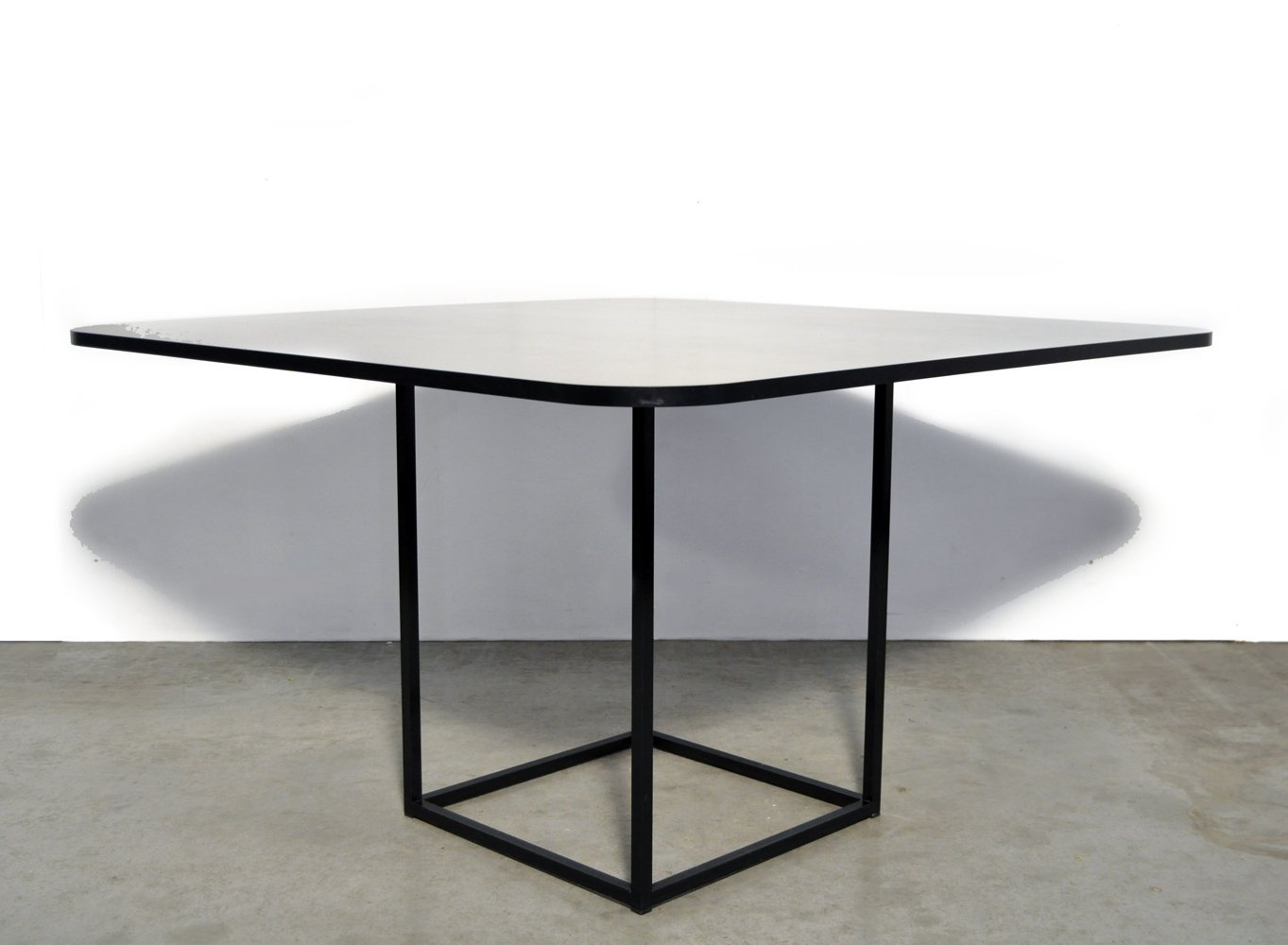 Post modern TM40 dining table by Pierre Mazairac & Karel Boonzaaijer for Pastoe, 1980s