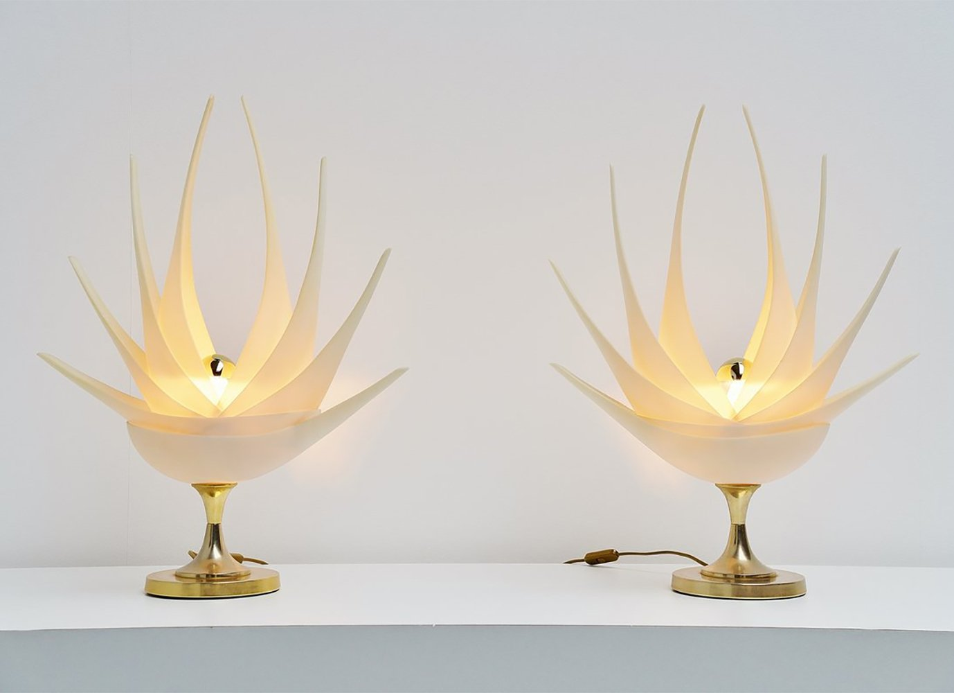 Maison Rougier flower shaped table lamps, France 1970