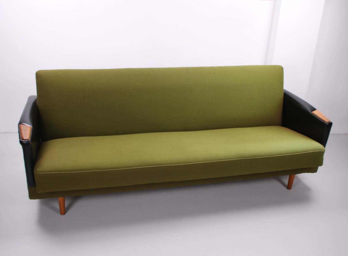 Vintage Scandinavian sofa bed in green, 1960s