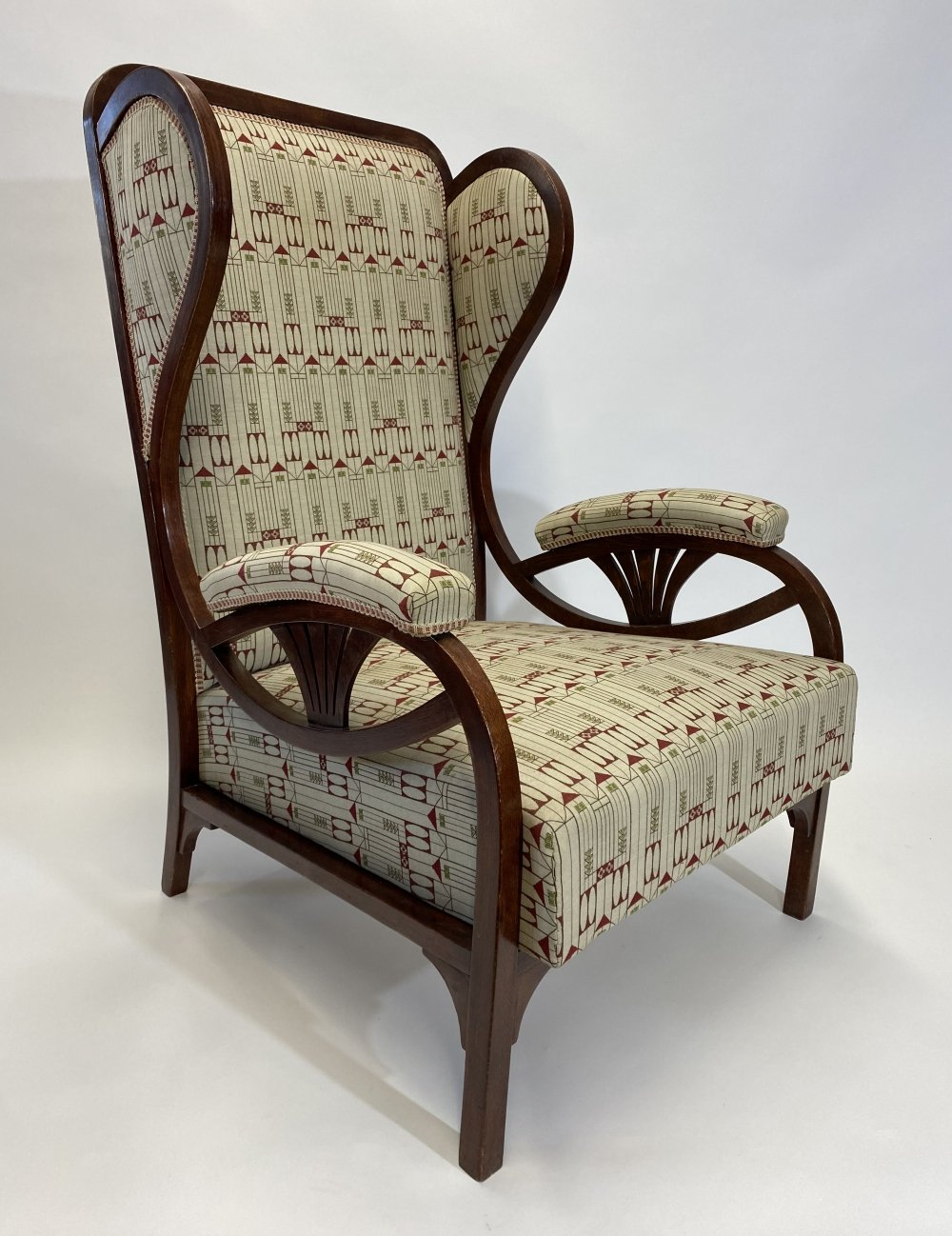 Large art nouveau wing chair no. 6542 by Thonet