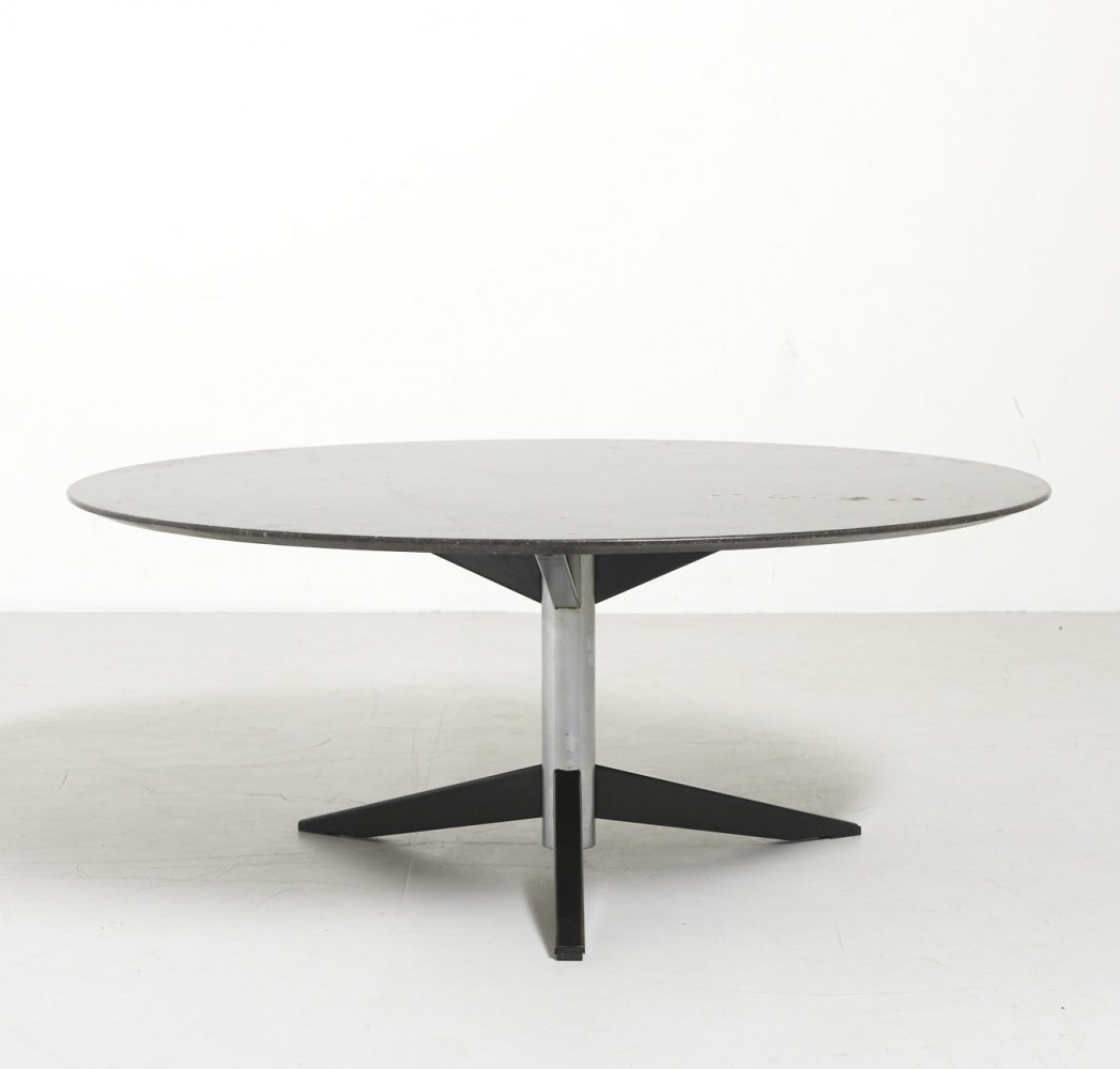 Round Coffee table in Marble by Martin Visser for