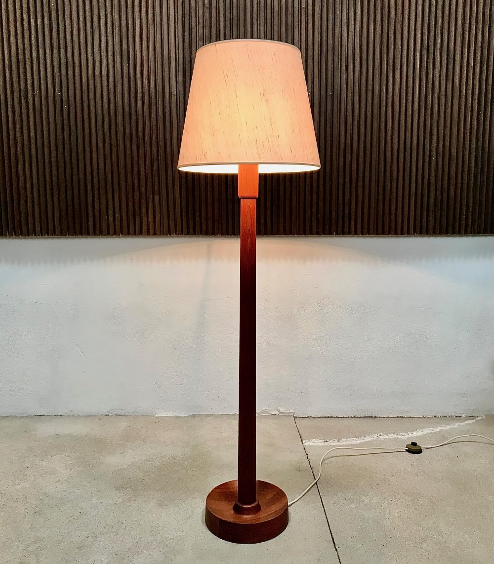 Danish Solid Teakwood Floor Lamp with Wild Silk Fabric Shade, 1960s