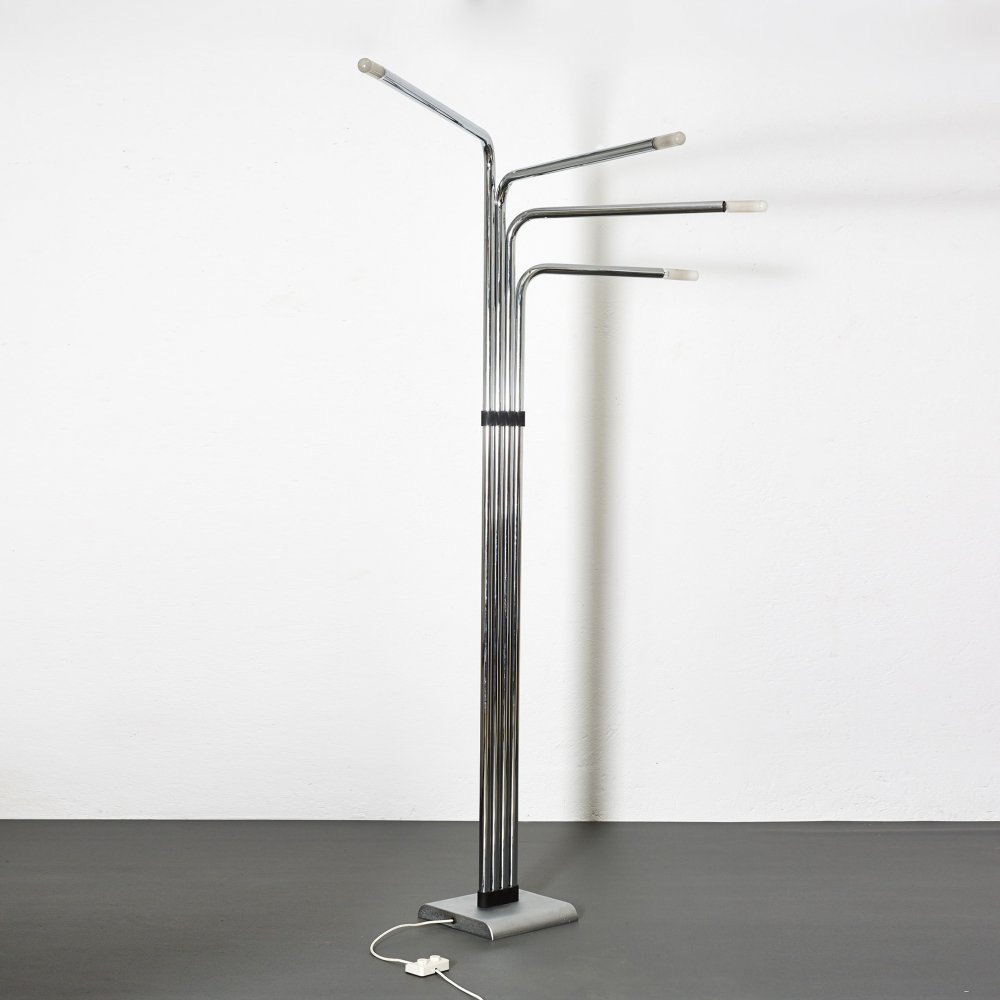 Architectural floor lamp by Reggiani, 1970