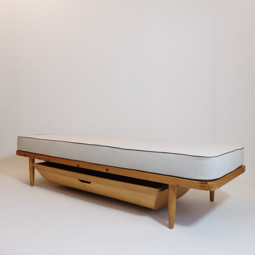 Danish daybed with drawer, 1950s-1960s