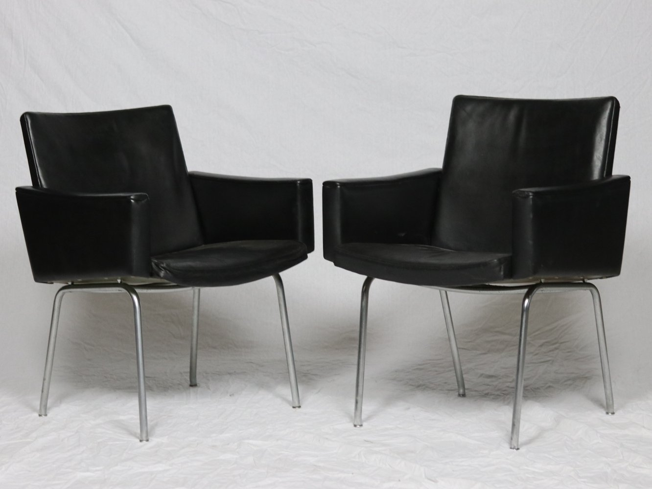 Set of 2 Hans Werner AP-58 Airport Chairs, 1950s