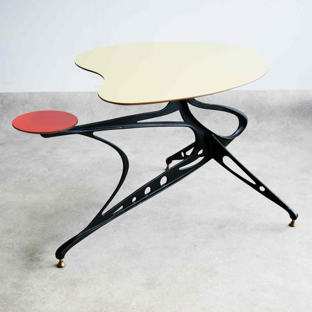 Exceptional mid century 1950s Italian free-form side table