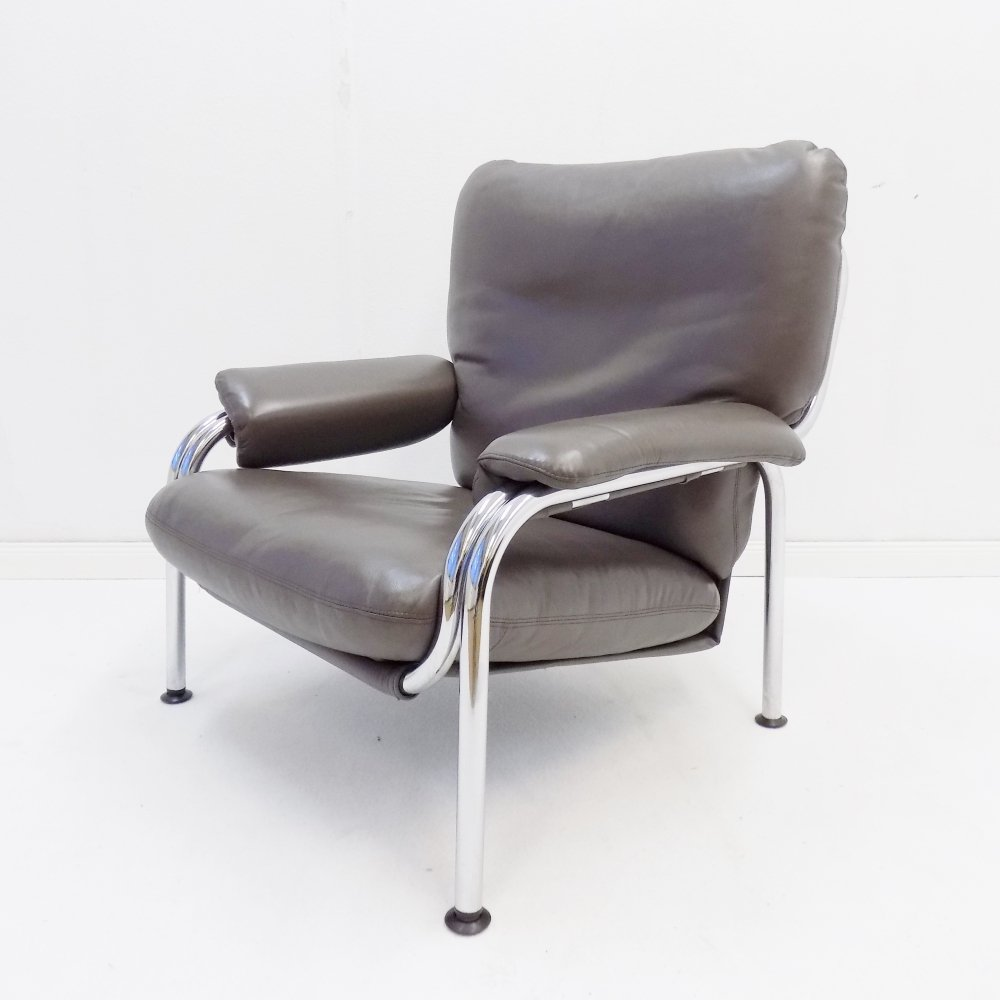 De Sede Kangaroo chair in leather by Hans Eichenberger