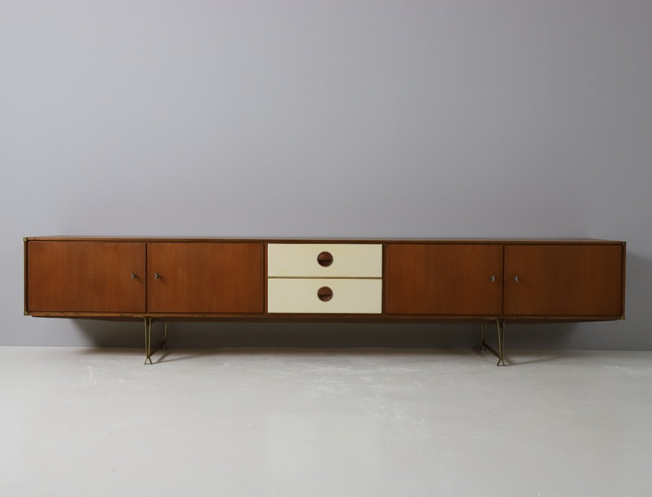 Rare low sideboard by William Watting for Fristho, 1954