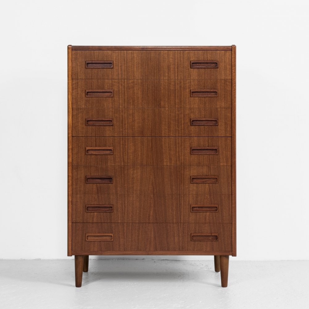 Midcentury Danish chest of 7 drawers in teak by Westergaard, 1967
