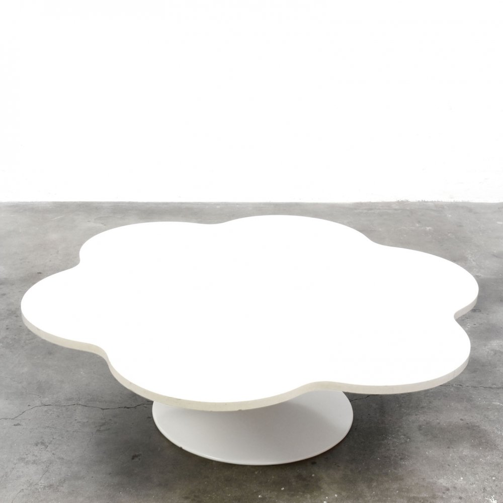 Model 826 Flower coffee table by Kho Liang Ie for Artifort, 1960s