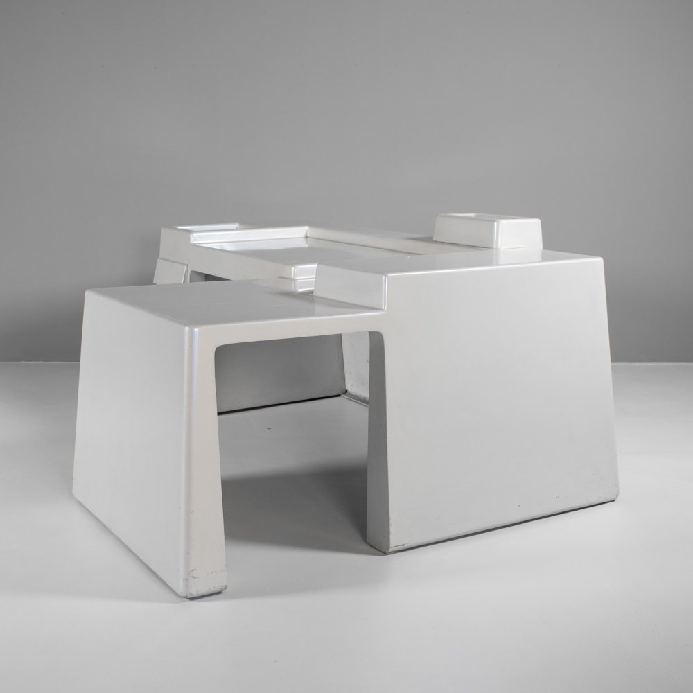 Desk by Vittorio Introini for Saporiti