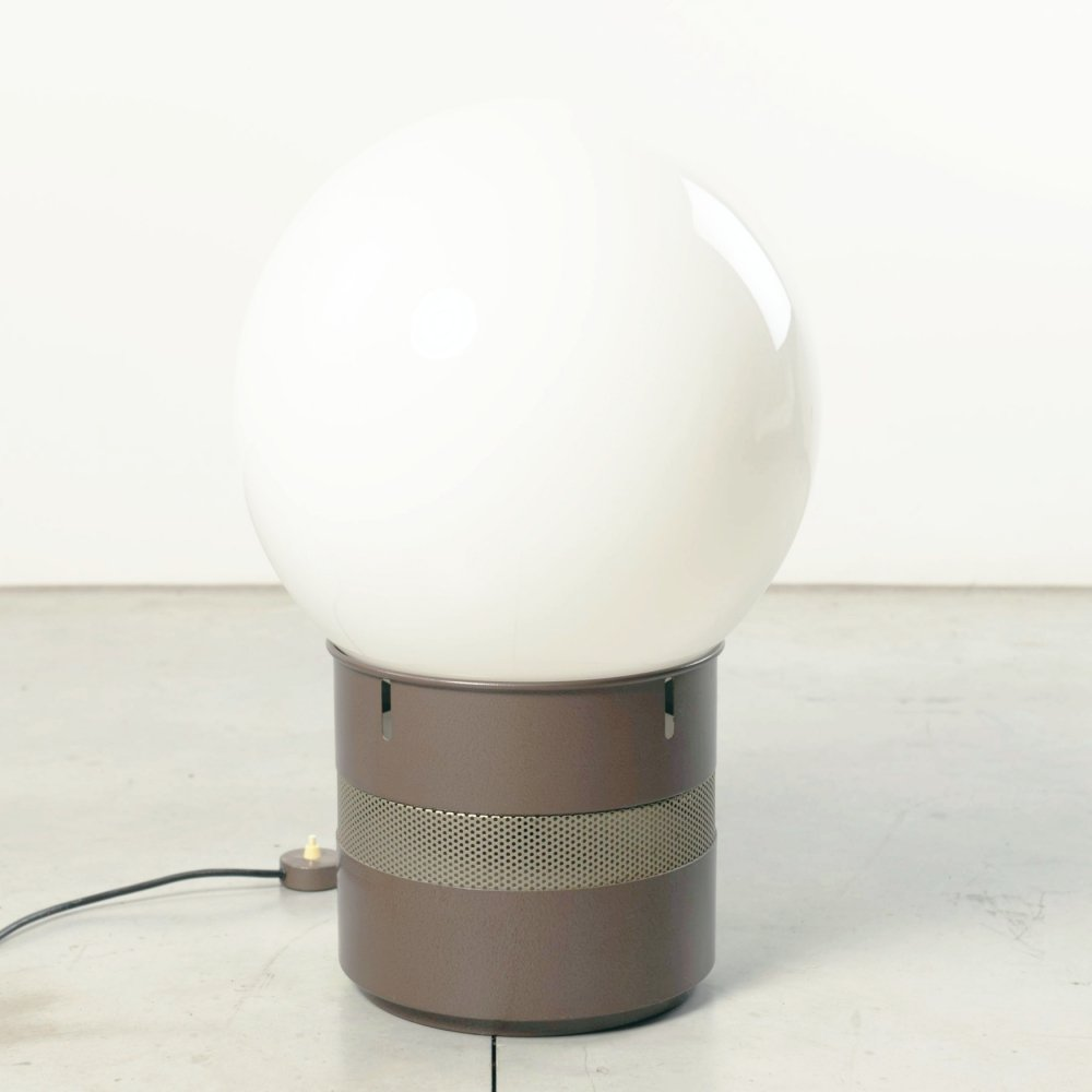 Gae Aulenti Mezzoracolo table or floor lamp, 1960s